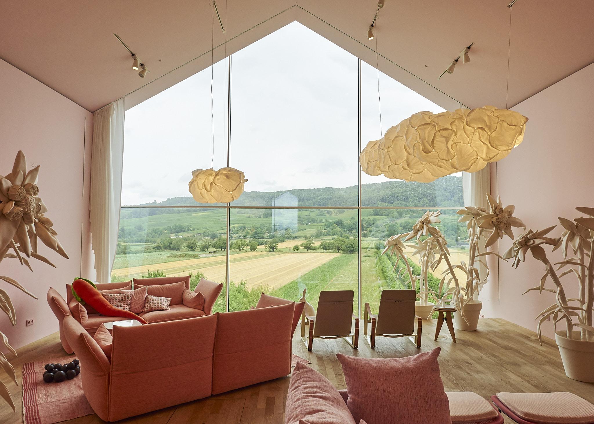 deutschland vitra design museum living in a box. Black Bedroom Furniture Sets. Home Design Ideas